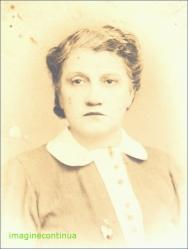 Tanara fata in 1940