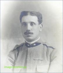 Ofiter cu mustata