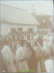 Hora mare la Albesti ( Arges) in perioada interbelica
