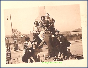 Monumentul eroilor din Greci in perioada interbelica, circa 1925-1926
