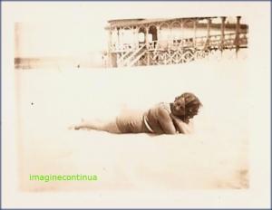 Pe insorita plaja a Marii Negre