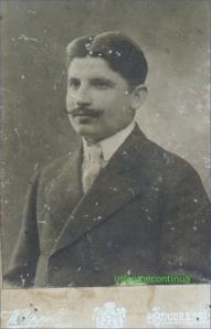 Barbat cu mustata - foto W. Oppelt, Bucuresti, circa 1900