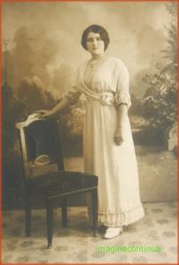 Domnisoara de altadata, anul 1914
