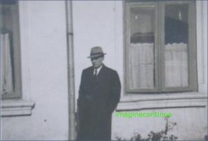 Domn elegant cu palarie, circa 1939