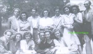 Grup de absolventi din Braila, circa 1942-1943