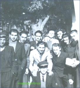 Elevi de liceu din Braola, circa 1940-1941