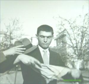 Magician in actiune, circa 1941-1942