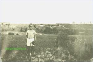 Copil din perioada interbelica, circa 1939