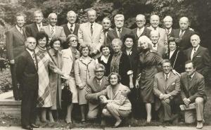 Enrico Fanciotti intr-un grup de arhitecti