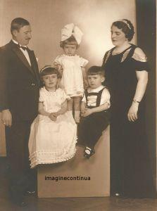 portret de familie in anul 1935